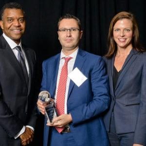 """Adient reconoce a Garita Automotive concediéndole uno de sus """"Adient Supplier Awards"""""""